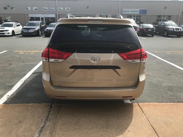 2013 Toyota Sienna V6 7 Passenger (Stk: 1024) in Halifax - Image 9 of 19