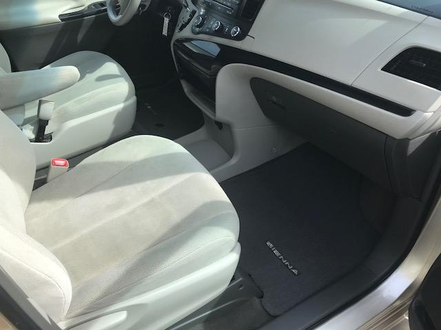 2013 Toyota Sienna V6 7 Passenger (Stk: 1024) in Halifax - Image 15 of 19