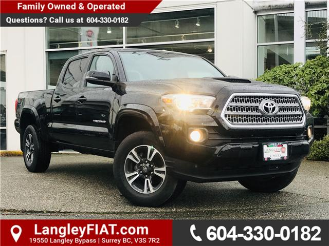 2017 Toyota Tacoma SR5 (Stk: EE896810) in Surrey - Image 1 of 30
