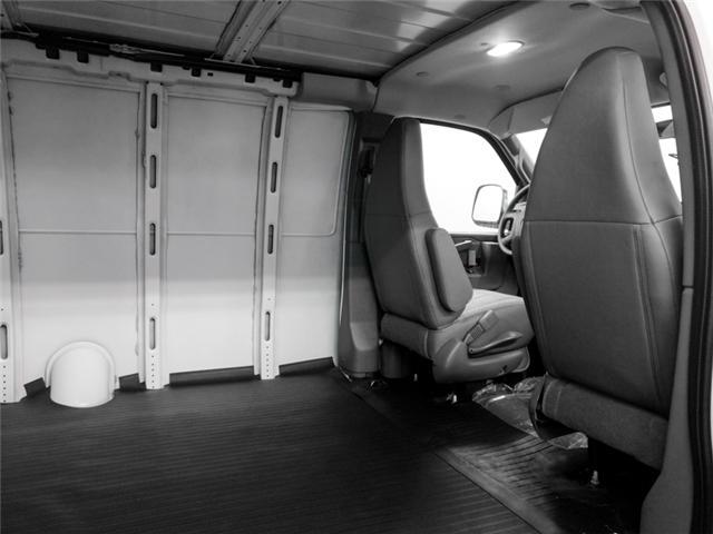 2018 GMC Savana 2500 Work Van (Stk: 88-81210) in Burnaby - Image 12 of 13