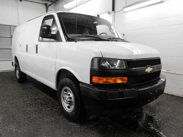 2018 Chevrolet Express 2500 Work Van (Stk: N8-96240) in Burnaby - Image 2 of 14