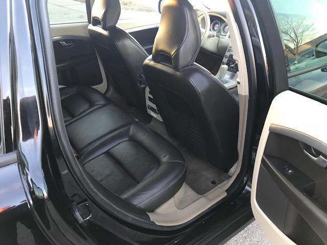 2010 Volvo XC70 3.2 Premium (Stk: 9371) in Etobicoke - Image 12 of 18