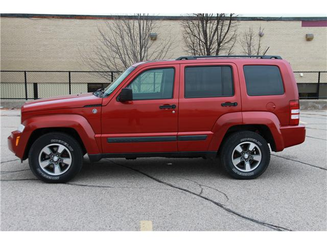 2008 Jeep Liberty Sport (Stk: 1811559) in Waterloo - Image 2 of 25