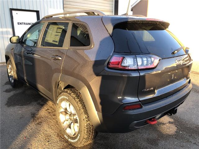 2019 Jeep Cherokee Trailhawk (Stk: 14240) in Fort Macleod - Image 3 of 20