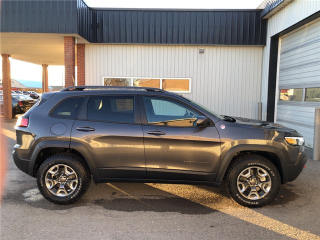 2019 Jeep Cherokee Trailhawk (Stk: 14240) in Fort Macleod - Image 7 of 20