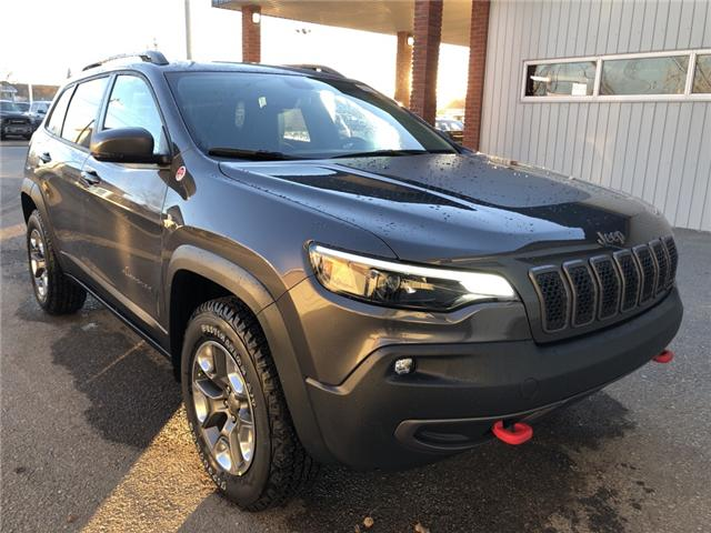 2019 Jeep Cherokee Trailhawk (Stk: 14240) in Fort Macleod - Image 8 of 20
