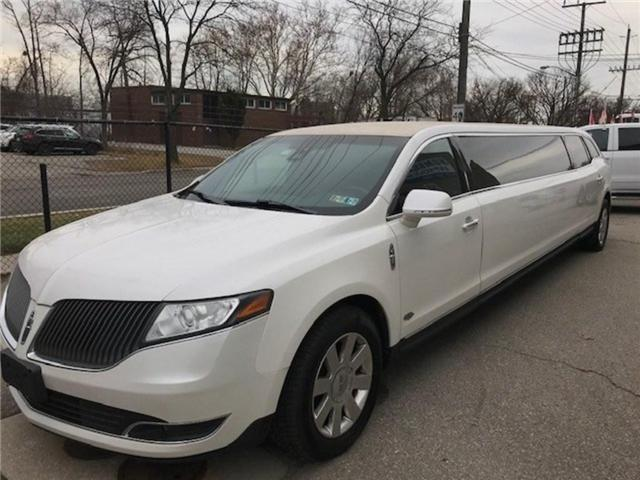 2013 Lincoln MKT Builders Package Limo/Hearse (Stk: 2L1MJ5) in Etobicoke - Image 2 of 6