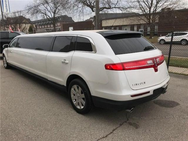 2013 Lincoln MKT Builders Package Limo/Hearse (Stk: 2L1MJ5) in Etobicoke - Image 3 of 6