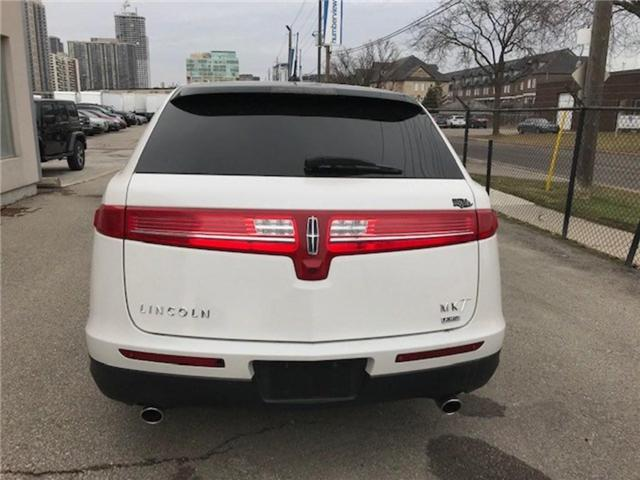 2013 Lincoln MKT Builders Package Limo/Hearse (Stk: 2L1MJ5) in Etobicoke - Image 5 of 6