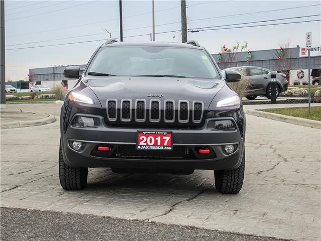 2017 Jeep Cherokee Trailhawk (Stk: 18-1042TA) in Ajax - Image 2 of 25