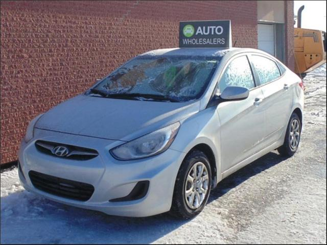 2013 Hyundai Accent  (Stk: N034A) in Charlottetown - Image 1 of 6