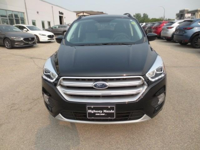 2017 Ford Escape SE (Stk: A0214) in Steinbach - Image 2 of 29