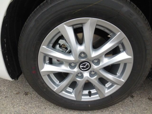 2018 Mazda Mazda3 GS (Stk: M18211) in Steinbach - Image 7 of 25