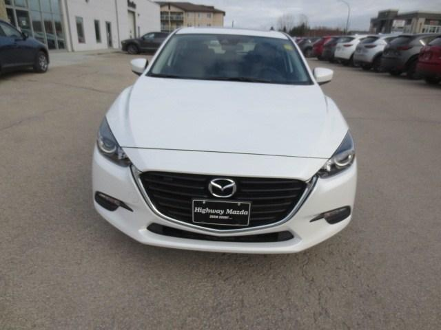 2018 Mazda Mazda3 GS (Stk: M18225) in Steinbach - Image 2 of 27