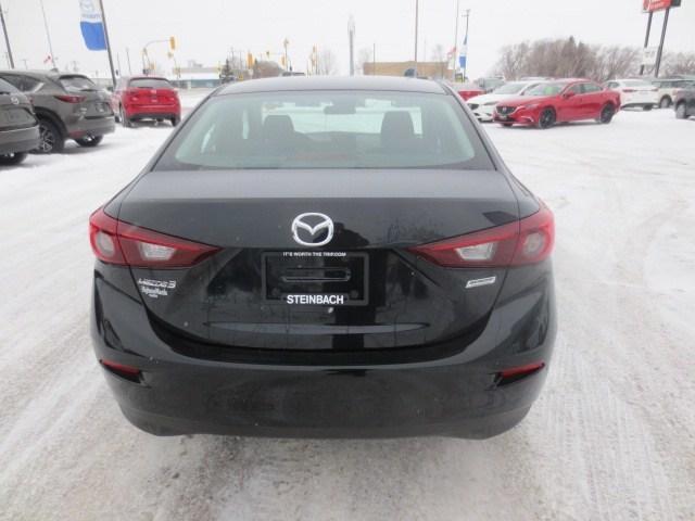 2018 Mazda Mazda3 GS (Stk: M18229) in Steinbach - Image 5 of 24