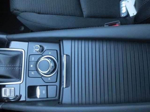 2018 Mazda Mazda3 GS (Stk: M18234) in Steinbach - Image 23 of 25