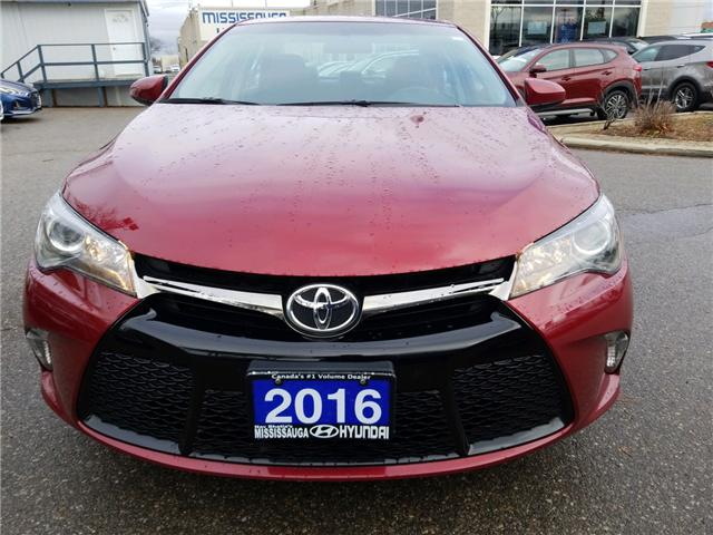 2016 Toyota Camry SE (Stk: op10076) in Mississauga - Image 2 of 17