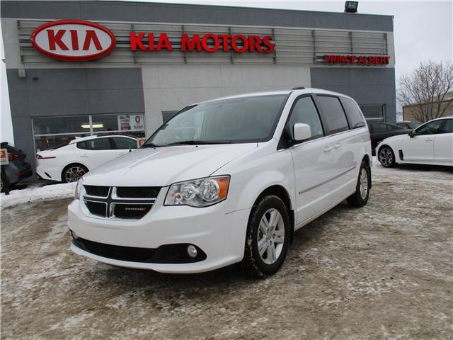 2017 Dodge Grand Caravan Crew (Stk: B4061) in Prince Albert - Image 2 of 10