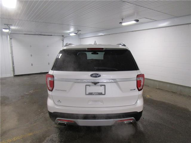 2017 Ford Explorer Platinum (Stk: 1890011 ) in Regina - Image 2 of 39