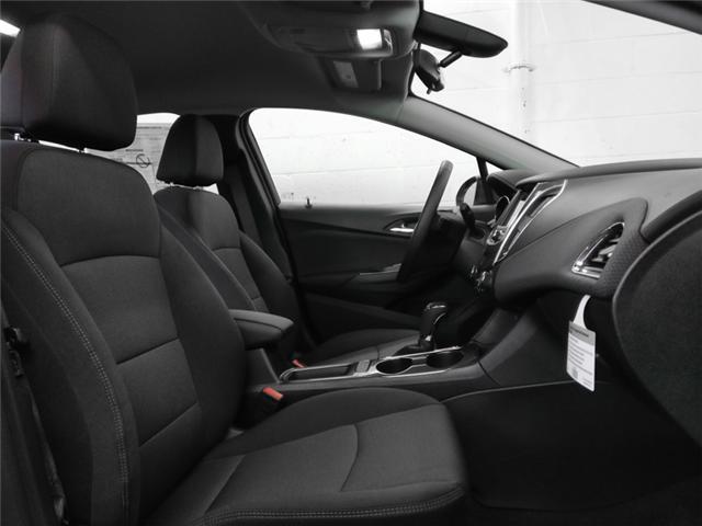 2019 Chevrolet Cruze LT (Stk: J9-12060) in Burnaby - Image 8 of 12