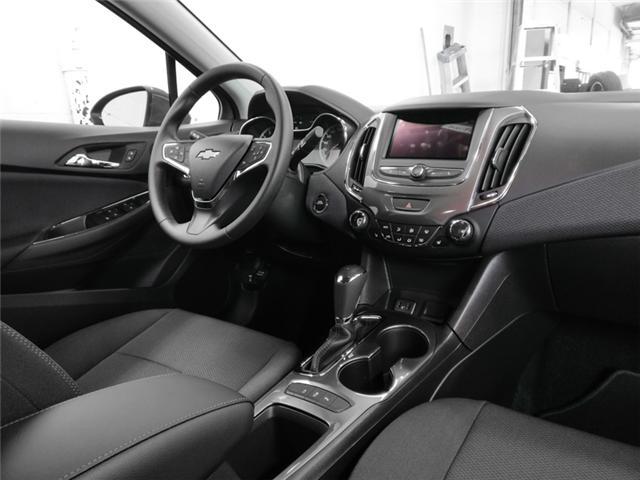 2019 Chevrolet Cruze LT (Stk: J9-12060) in Burnaby - Image 4 of 12