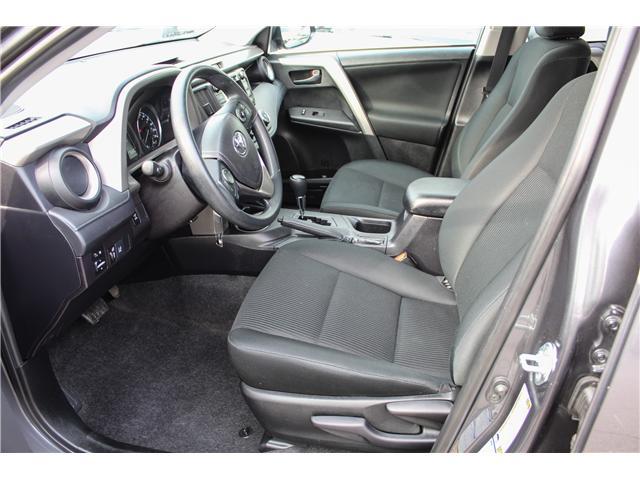 2018 Toyota RAV4 LE (Stk: 17- 724479) in Mississauga - Image 12 of 27
