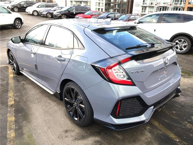 2019 Honda Civic Sport Touring (Stk: 9K06130) in Vancouver - Image 2 of 4