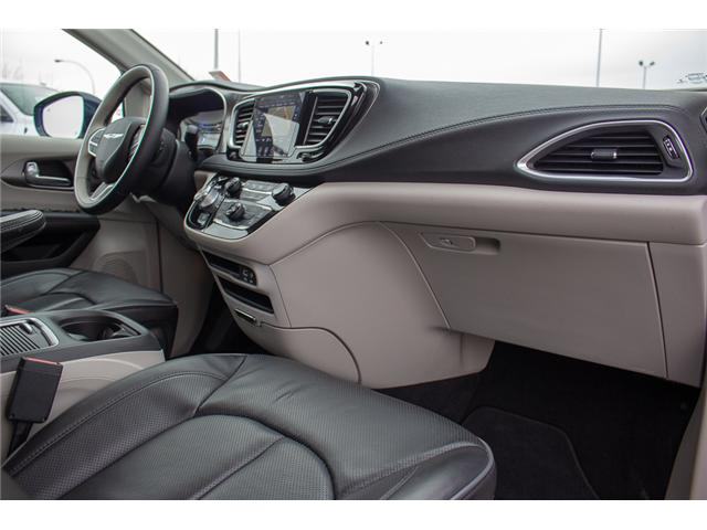 2018 Chrysler Pacifica Limited (Stk: EE900020) in Surrey - Image 22 of 30