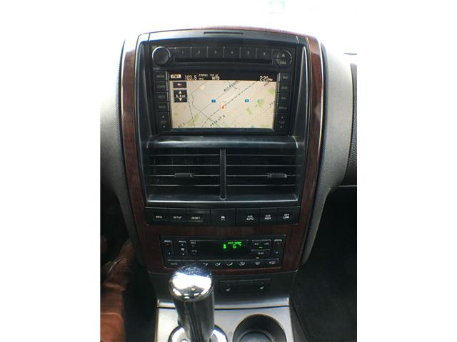 2007 Ford Explorer LIMITED 4WD NAVI, LEATHER, ALLOYS, FOG, 7 PASS, SU (Stk: 43019A) in Brampton - Image 13 of 27