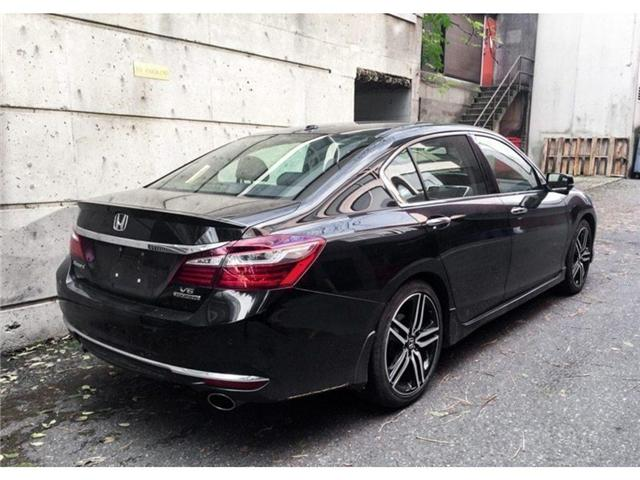 2017 Honda Accord Touring V6 (Stk: 1K17941) in Vancouver - Image 2 of 19