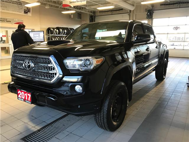 2017 Toyota Tacoma TRD Off Road (Stk: 10907) in Thunder Bay - Image 1 of 15