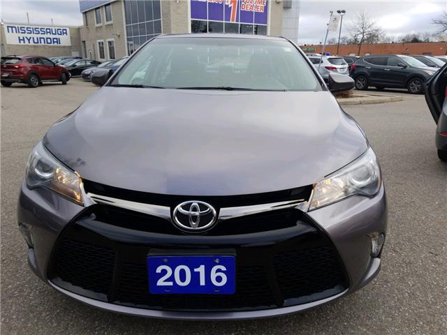 2016 Toyota Camry SE (Stk: op10075) in Mississauga - Image 2 of 12