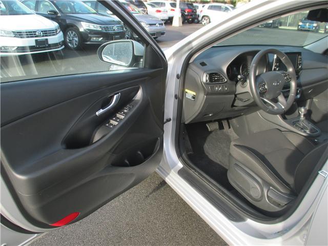 2018 Hyundai Elantra GT GL (Stk: VW0774) in Surrey - Image 6 of 23