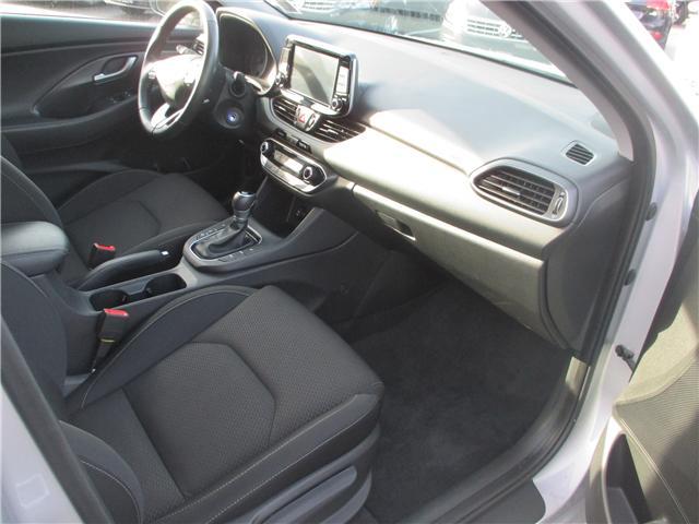 2018 Hyundai Elantra GT GL (Stk: VW0774) in Surrey - Image 15 of 23