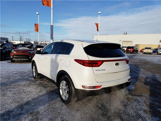 2019 Kia Sportage LX (Stk: 39108) in Saskatoon - Image 2 of 13