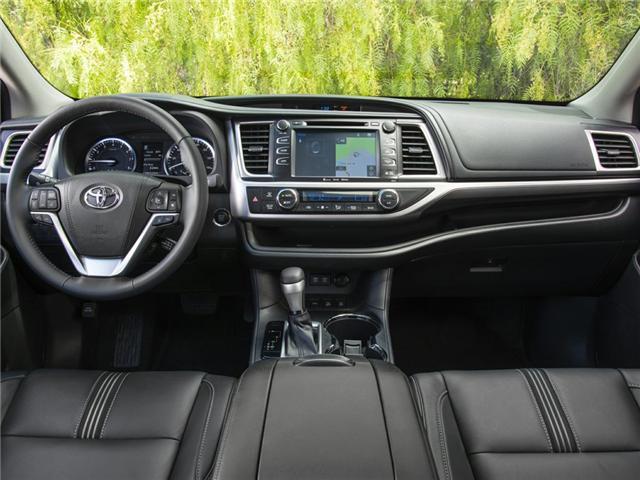 2019 Toyota Highlander XLE (Stk: 78177) in Toronto - Image 2 of 12