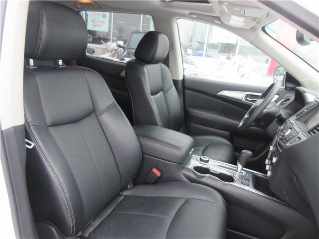 2018 Nissan Pathfinder SL Premium (Stk: 8298) in Okotoks - Image 2 of 28