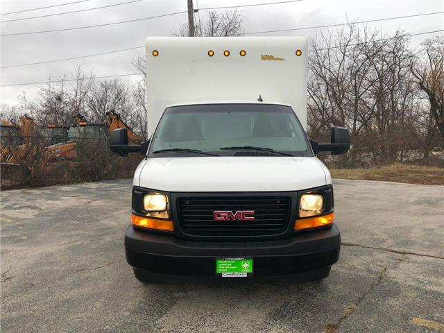 2017 GMC Savana Cutaway 3500 1WT (Stk: DOM-104788) in Burlington - Image 2 of 25