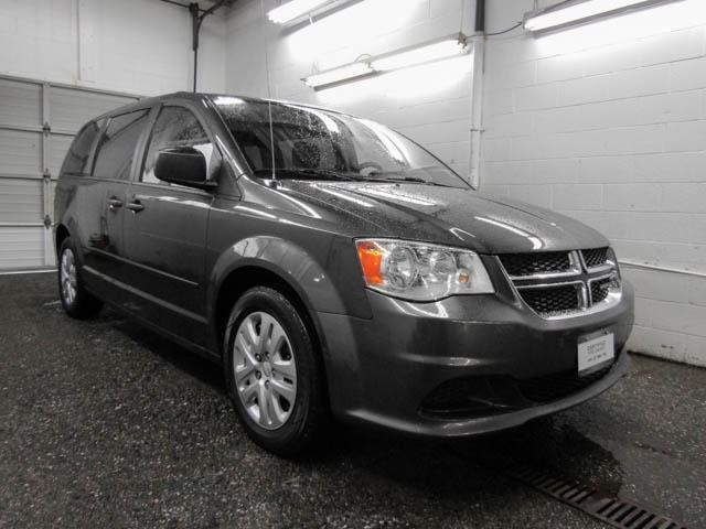 2015 Dodge Grand Caravan SE/SXT (Stk: D5-39511) in Burnaby - Image 2 of 24