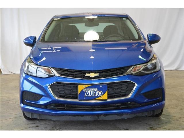 2017 Chevrolet Cruze LT Auto (Stk: 113840) in Milton - Image 2 of 41