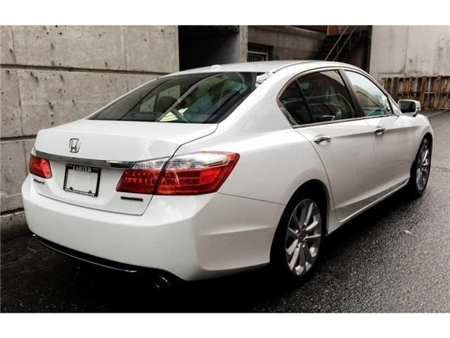 2014 Honda Accord Touring (Stk: 6J03461) in Vancouver - Image 2 of 20