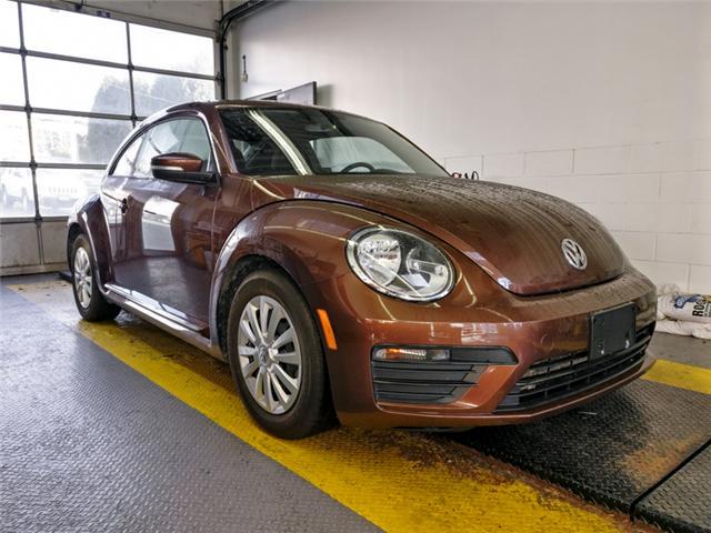 2017 Volkswagen Beetle 1.8 TSI Classic (Stk: 9-6032-0) in Burnaby - Image 2 of 20