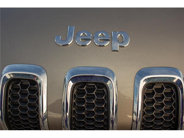 2017 Jeep Cherokee North (Stk: EE900140) in Surrey - Image 9 of 28