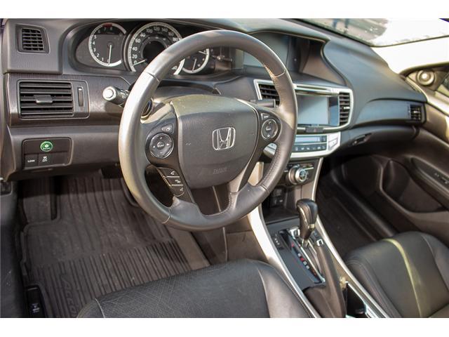 2015 Honda Accord Touring V6 (Stk: J374907A) in Surrey - Image 10 of 25