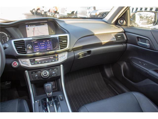 2015 Honda Accord Touring V6 (Stk: J374907A) in Surrey - Image 12 of 25