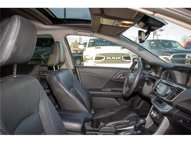 2015 Honda Accord Touring V6 (Stk: J374907A) in Surrey - Image 14 of 25