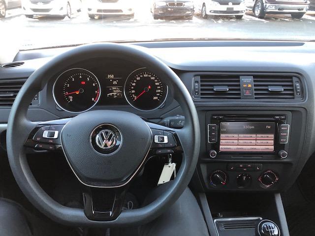 2015 Volkswagen Jetta 2.0L Trendline+ (Stk: 1110) in Halifax - Image 15 of 19