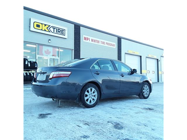 2007 Toyota Camry Hybrid Base (Stk: D246) in Brandon - Image 2 of 5