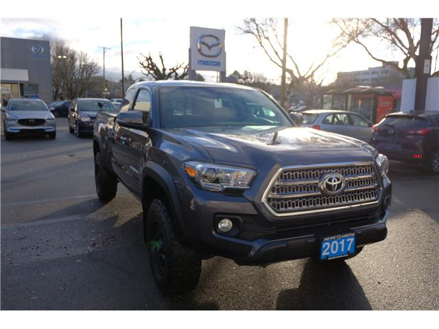 2017 Toyota Tacoma SR5 (Stk: 149417A) in Victoria - Image 1 of 22