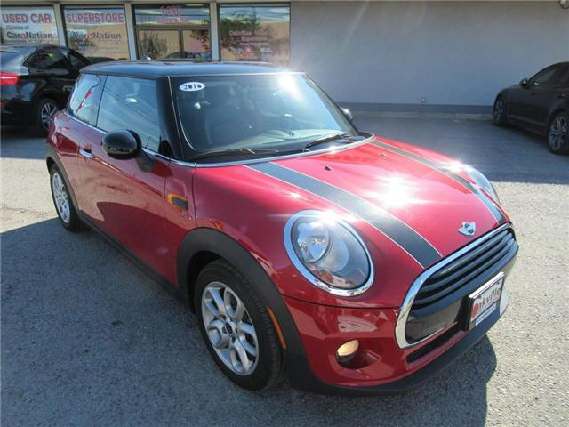 2016 MINI Cooper 3 Door LEATHER | PANOROOF | ACCIDENT FREE! (Stk: P11320) in Oakville - Image 2 of 24